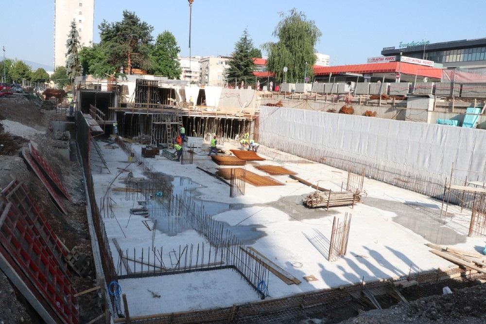 Intenzivirani radovi na izgradnji podzemne garaže u Kolodvorskoj