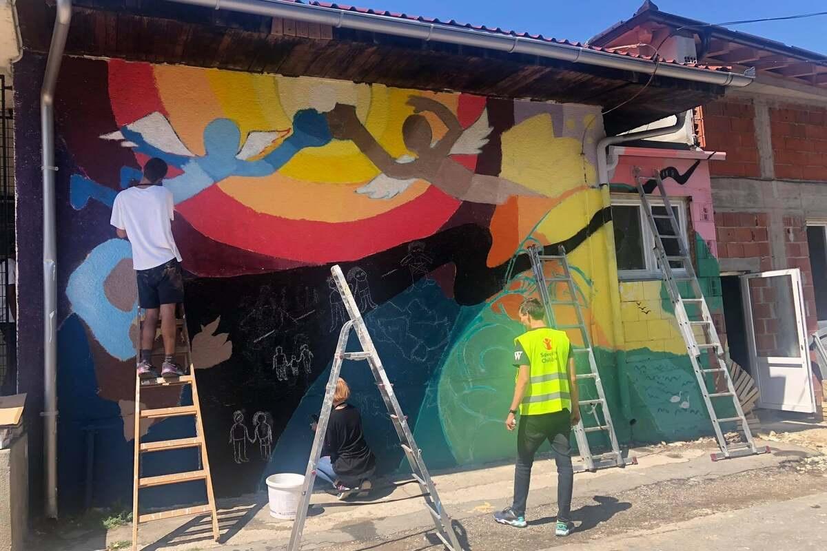 Mural u Blažuju: Putovanje migranata od rodne zemlje do zemlje snova
