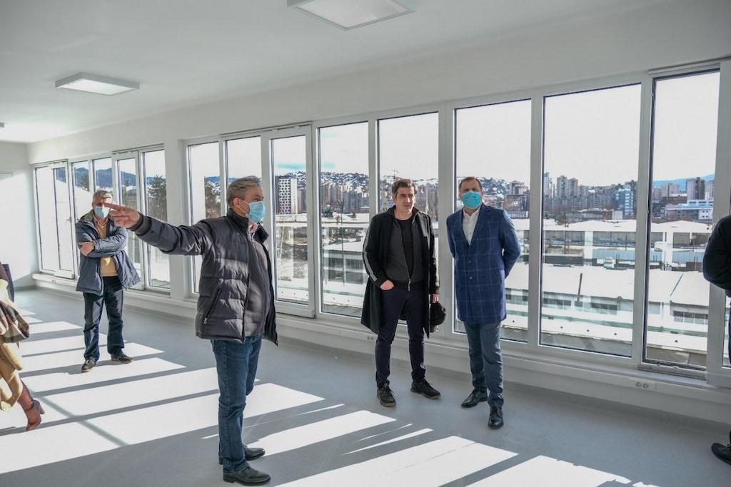 Načelnik Efendić sa sarajevskim arhitektima u obilasku novih objekata