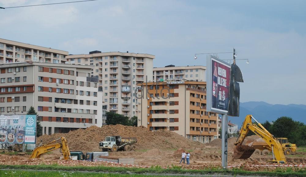 Tibra gradi stambenu zgradu i shopping centar, građani nezadovoljni