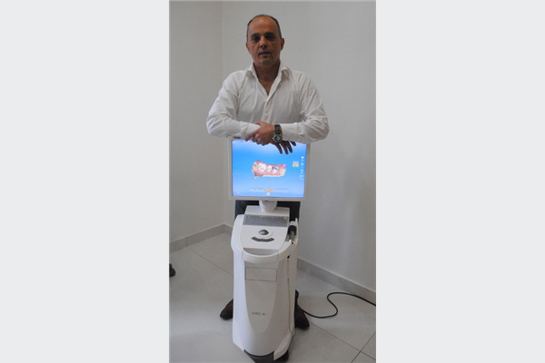 Uređaj nove tehniologije-trodimenzionalni (3D) intraoralni skener