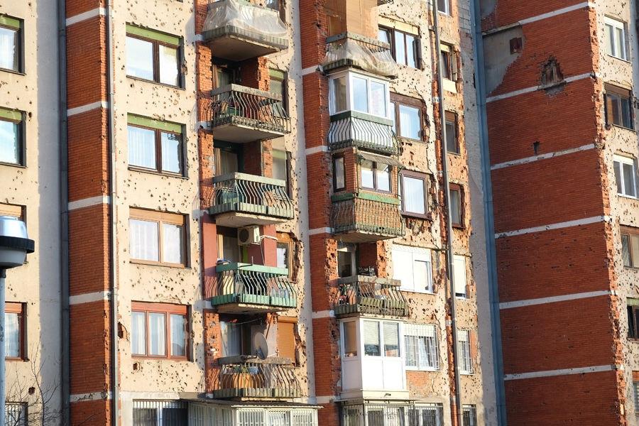 Kreće sanacija krovova i oštećenja na fasadama zgrada u novogradskim naseljima