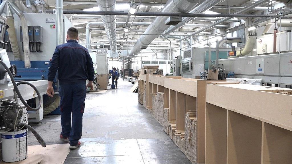 Švajcarski ambasador posjetio 'Standard': Fabrika se okreće energetskoj efikasnosti