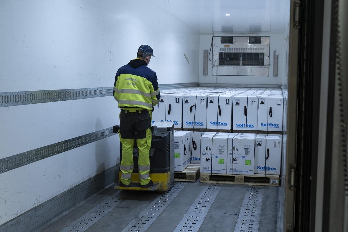 DHL Express ima vitalnu ulogu u logistici vakcina COVID-19 u Evropi