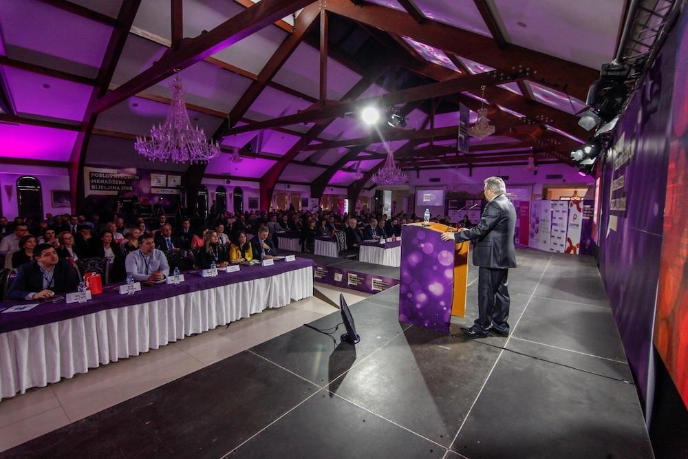 U Bijeljini počeo Poslovni forum menadžera