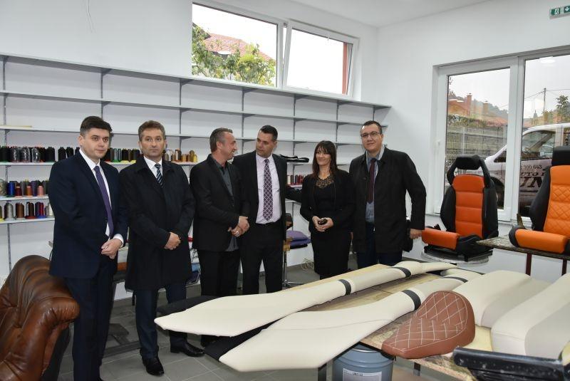 U Srebreniku otvorena kompanija za auto interijerski dizajn