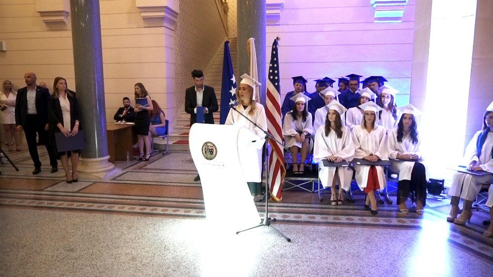 Američki univerzitet u BiH promovisao desetu generaciju studenata