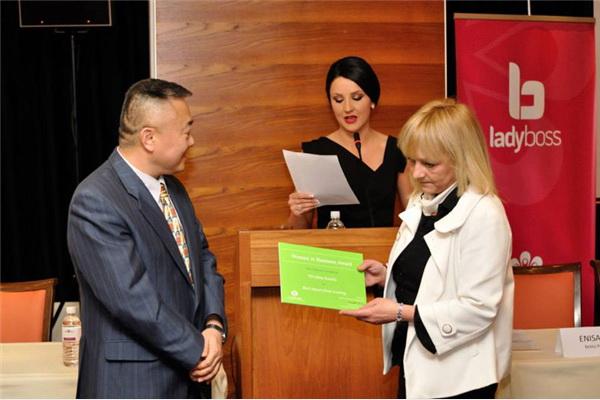 Elvedina Karalić iz agencije Zoor Bosna dobila je  nagradu EBRD-a u kategoriji najveći utjecaj treninga.
