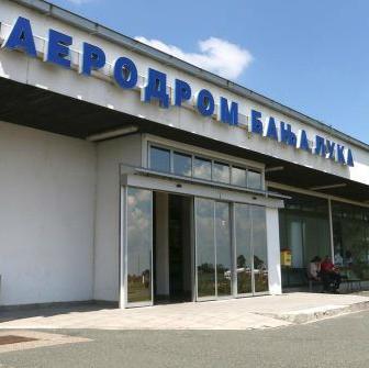 """Kantonalni sud u Sarajevu donio je presudu da avio-kompanija """"BH Airlines"""" iz Sarajeva mora da isplati preduzeću """"Aerodromi RS"""" više od 250.000 maraka na osnovu nenaplaćenih potraživanja, ali uprkos tome ne mogu doći do svog novca."""