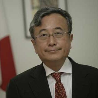 Ambasador Japana u BiH Hideo Yamazaki izjavio je da su japanske kompanije zainteresovane za investiranje u BiH i da su veliki potencijali u energetskom sektoru, proizvodnji autodijelova, preradi drveta i turizmu.