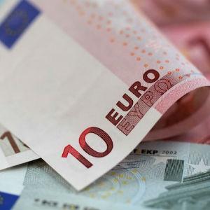 Slovenska vlada nudi porast minimalne plaće na 630 eura u 2017.