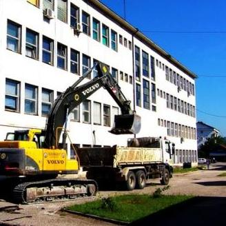 U Petrovu počela rekonstrukcija Trga Nemanjića