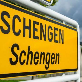 Neke članice EU traže suspendiranje Grčke iz Schengena