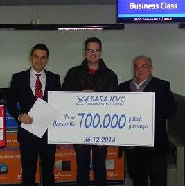 Prvi put u historiji aerodroma ostvarena je brojka od navedenih 700.000. putnika. Prošlu, 2013. godinu, aerodrom Sarajevo završio je sa rekordnih 665.638 putnika.