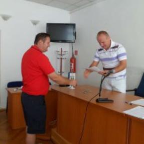 Načelnik Općine Sanski Most Mustafa Avdagić potpisao je ugovore o zakupu poljoprivrednog zemljišta sa četiri poljoprivredna proizvođača na period od deset godina.
