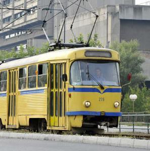 Ministar Fišo je kazao da za Gras planiraju nabaviti 30 autobusa, pet trolejbusa i 23 minibusa čime bi riješili problem gradskog saobraćaja.
