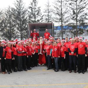 Povodom vjerskih blagdana  i novogodišnjih praznika u 2016. godini uručeno više od 2500 paketića  širom BiH.