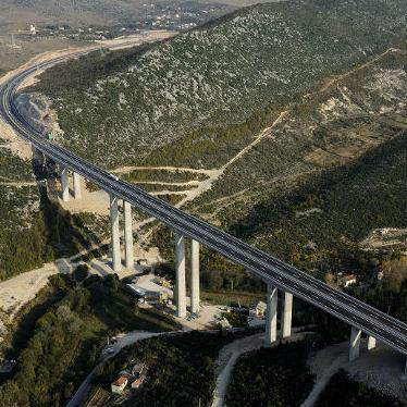 This is a continuation of the new investment cycle of corridor Vc in total length of 80 kilometers. The construction of this highway section will connect the towns Počitelj and Međugorje with the Croatian border.