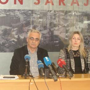 Ministar prostornog uređenja i zaštite okoline Sarajevskog kantona Zlatko Petrović rekao je da se ukupan dug od 25.200.000 KM, svaki dan prilivom sredstava, smanjuje.