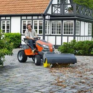 Husqvarna vrtni traktor - Multitasking uz kontrolu