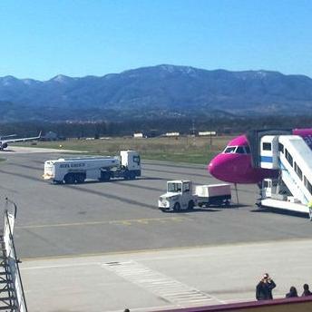 Uspješna priča o Međunarodnom aerodromu Tuzla nastavlja se otvaranjem novih avionskih linija i proširenjem aerodromskih kapaciteta.