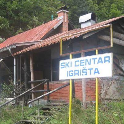 Brvnare i restoran ski-centra Igrišta kod Vlasenice prodati za 20.000 KM