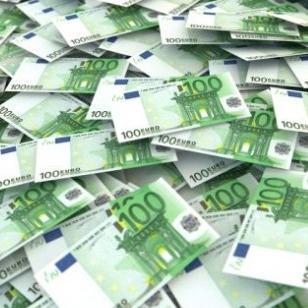 "MF banci i ""Mikrofinu"" odobren kredit od osam miliona eura"