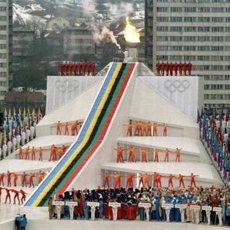 Prema procjeni stručnjaka, XIV Zimske olimpijske igre u Sarajevu dnevno je putem televizijskih mreža u svijetu gledalo više od dvije milijarde ljudi.