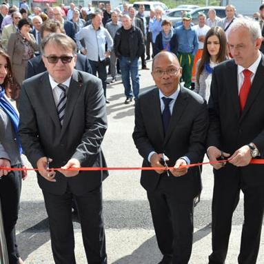 """A plant for wastewater treatment, one of the biggest projects in BiH, was put into operation in Živinice today. With this facility, the Utility Company """"Živinice"""" has received a modern laboratory for water analysis."""