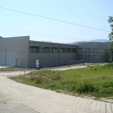 Seta Inženjering je građevinska kompanija iz Zavidovića. Osnovne djelatnosti kompanije su: projektovanje, inženjering, nadzor i izvođenje svih vrsta građevinskih radova u visokogradnji.