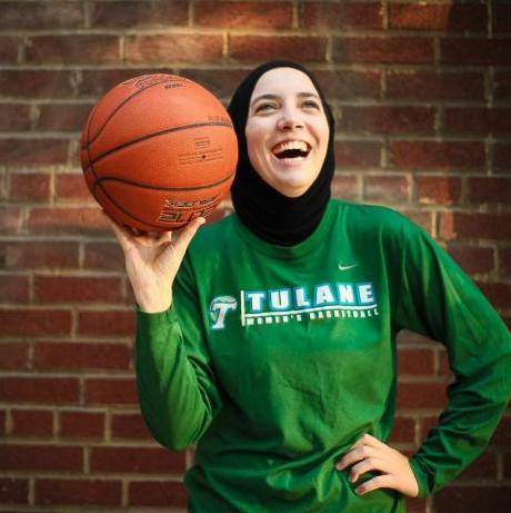 Indira Kaljo: Sarajka koja se izborila za hidžab u košarci