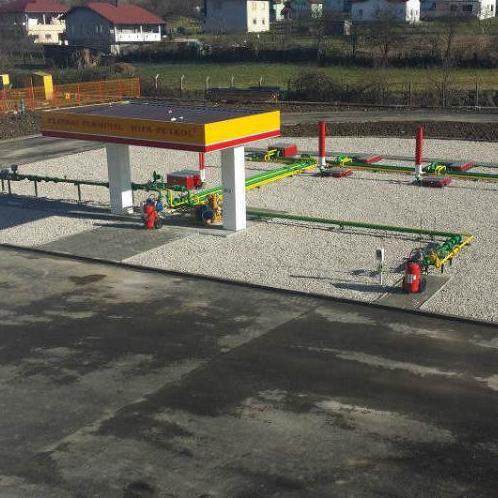 Otvorenjem plinskog terminala, servisa i skladišta zaposleno je pet radnika, te je kreiran jedinstveni kompleks u BiH lociran na jednom mjestu kada je u pitanju ova branša.
