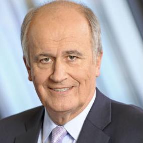 U 2016. godini, Raiffeisen Bank International AG (RBI) ostvarila je konsolidovanu dobit of 463 miliona eura.