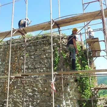 Započela rekonstrukcija sjeverne kule Starog grada Ostrovica