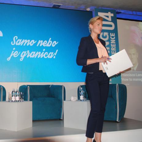 Branding konferencija 04, koja je održana u petak u Hotelu Bristol, ugostila je ugledne predavače iz regiona i Europe, te predstavnike brojnih kompanija, medija i gostiju iz BiH i regiona.