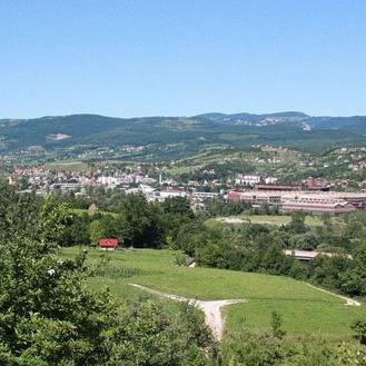 Načelnik ove općine Akif Fazlić kazao je da su nadziđivanje i uređenje objekta koji koriste Dom zdravlja i Općina Ilijaš jedan od najznačajnijih projekata koji će započeti u ovoj godini.