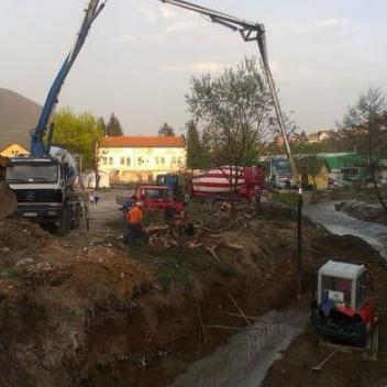 Počela gradnja potpornog zida na Piroti