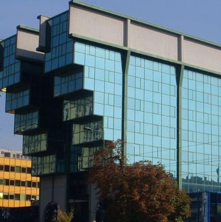 Prihod od prodaje koji je u 2015. trebalo ostvariti za uvrštavanje na listu iznosio je 473 miliona eura.