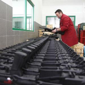 Rast vanjskotrgovinskog prometa oružja i vojne opreme