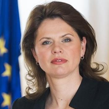 Bura u Sloveniji oko odlaska Bratušek u Bruxelles
