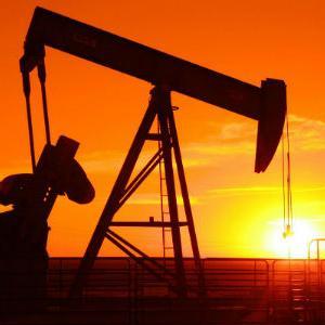 Iznenadan rast cijena nafte prouzrokovao pometnje na tržištu