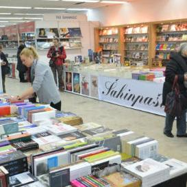 Dolaskom prvih posjetilaca otvoren Zimski salon knjige u Sarajevu