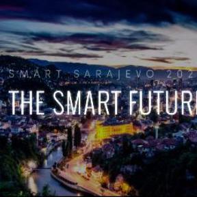 Sarajevo bi inicijativom mladih, uspješnih i poduzetnih ljudi, koji su zajedno odlučili ponuditi svoje znanje i dovesti svjetske trendove u BiH, moglo krenuti putem velikih svjetskih metropola koje su se odlučile priključiti inicijativi Smart City (pametni grad).