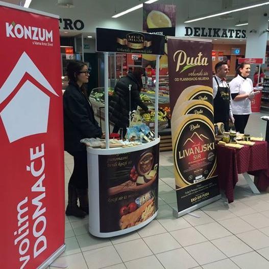 U trgovačkom centru Konzum Maxi u Čapljini danas je održan Sajam domaćih proizvođača u okviru kojeg su, za sve posjetitelje i kupce Konzuma, organizirane brojne promocije i degustacije.