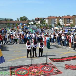 """U Cazinu tradicionalna Kantonalna izložba """"Cazinski sajam 2015"""""""