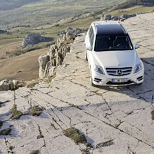 Redizajniran Mercedes-Benz GLK: Čistokrvni off-roader besprijekornog karaktera