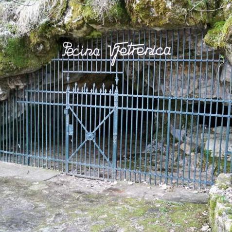 Sve više turista posjećuje špilju Vjetrenicu