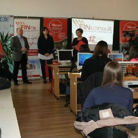 Donacija računarske opreme Ekonomsko-trgovinskoj školi Tuzla