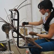 Uspješna priča iz Hadžića: Bosanska stolica sa etiketom renomiranih svjetskih dizajnera