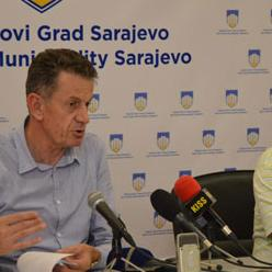 Nove pristupne rampe za invalidne osobe u naseljima Mojmilo i A. Polje